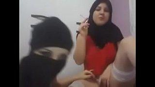 فيلم سكس تركي قحبة محجبة بزازها كبيرة الإباحية الحرة